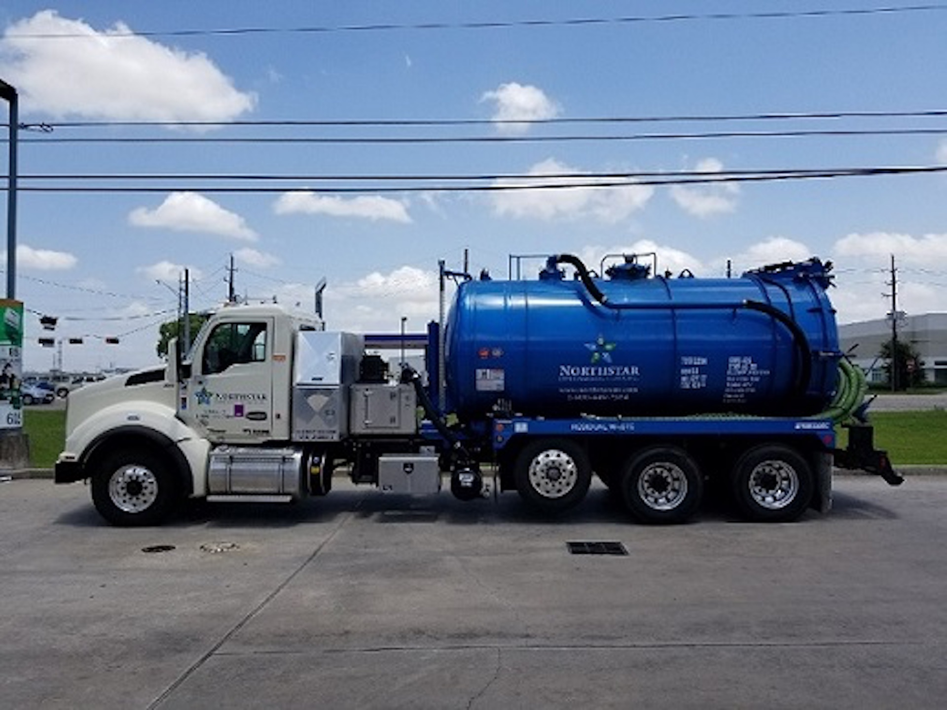 vacuum truck for used oil collection in nashville, tn